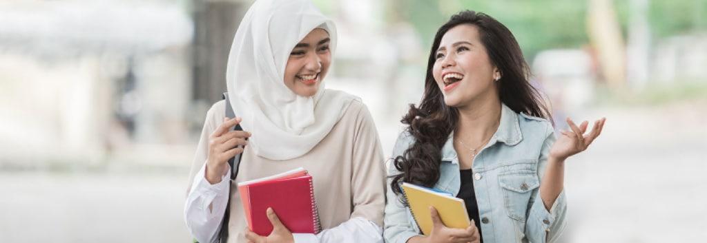 Cara Membuat Rambut Bervolume & Tidak Lepek Sebelum Beraktivitas bagi Hijaber